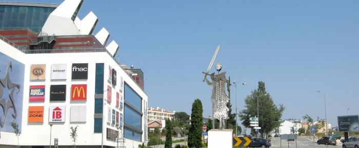 Povo de Viseu ergue estátua a D. Afonso Henriques