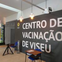 Pessoas com mais de 80 anos começaram a ser vacinadas em Viseu