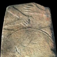 Lápide de guerreiro com 2 mil anos descoberta no antigo Orfeão de Viseu